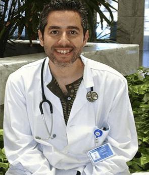 El Dr Vallejo, aporta su reflexión sobre la relevancia de la decisión clinica compartida entre el equipo sanitario y el paciente.